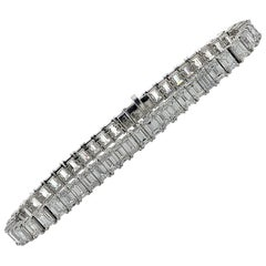 Vivid Diamonds 15.81 Carat Emerald Cut Diamond Tennis Bracelet