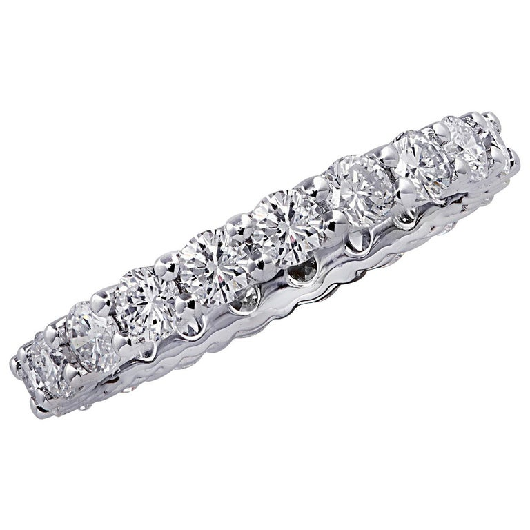 Vivid Diamonds 2.16 Carat Diamond Eternity Band For Sale