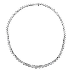 Vivid Diamonds 32.08 Carat Riviere Necklace
