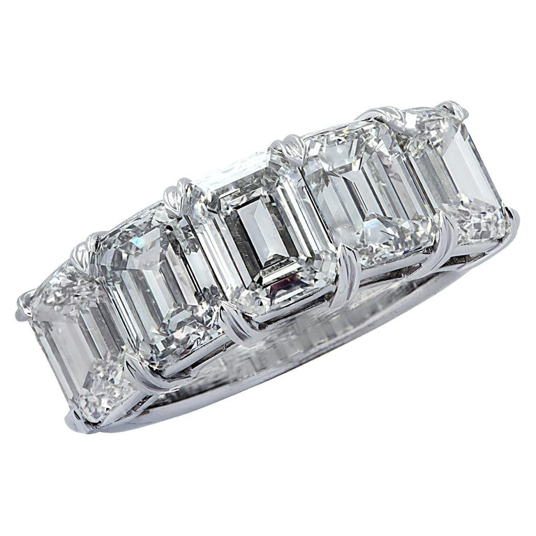 Vivid Diamonds 6.02 Carat Five Stone Diamond Wedding Band For Sale