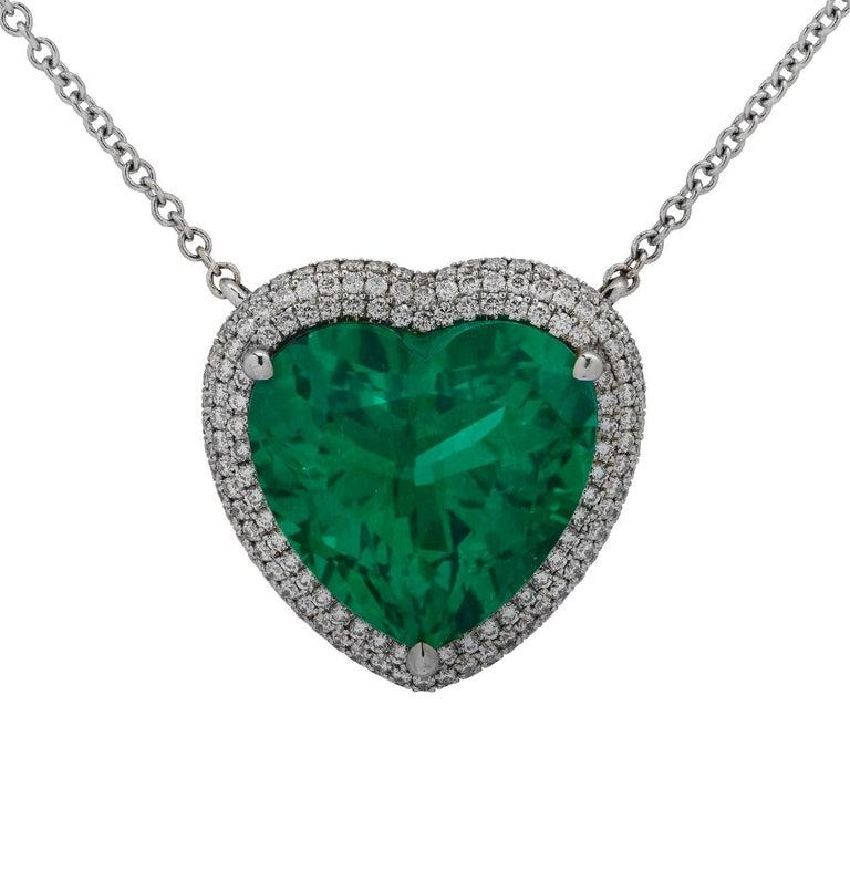 Modern Vivid Diamonds AGL Certified 12.54 Carat Emerald and Diamond Heart Necklace For Sale
