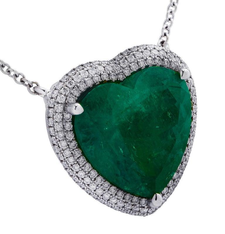 Women's or Men's Vivid Diamonds AGL Certified 12.54 Carat Emerald and Diamond Heart Necklace For Sale