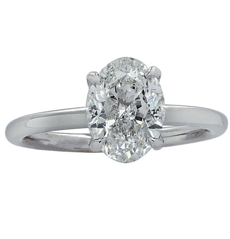 Women's Vivid Diamonds GIA Certified 1.80 Carat Oval Diamond Engagement Ring For Sale