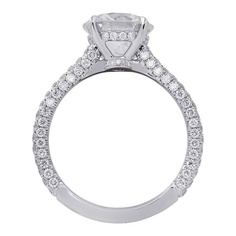 Modern Vivid Diamonds GIA Certified 2.01 Carat Diamond Engagement Ring For Sale