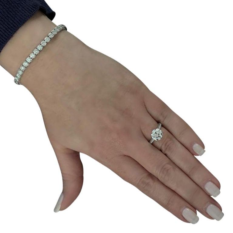 Round Cut Vivid Diamonds GIA Certified 2.09 Carat Diamond Engagement Ring For Sale