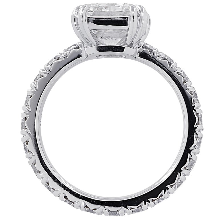 Modern Vivid Diamonds GIA Certified 3.59 Carat Radiant Cut Diamond Engagement Ring For Sale