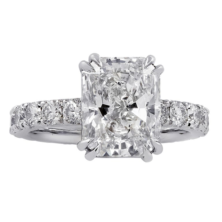 Women's Vivid Diamonds GIA Certified 3.59 Carat Radiant Cut Diamond Engagement Ring For Sale