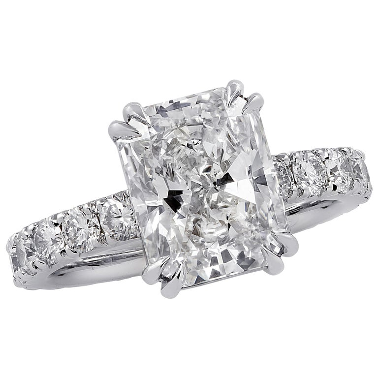 Vivid Diamonds GIA Certified 3.59 Carat Radiant Cut Diamond Engagement Ring For Sale
