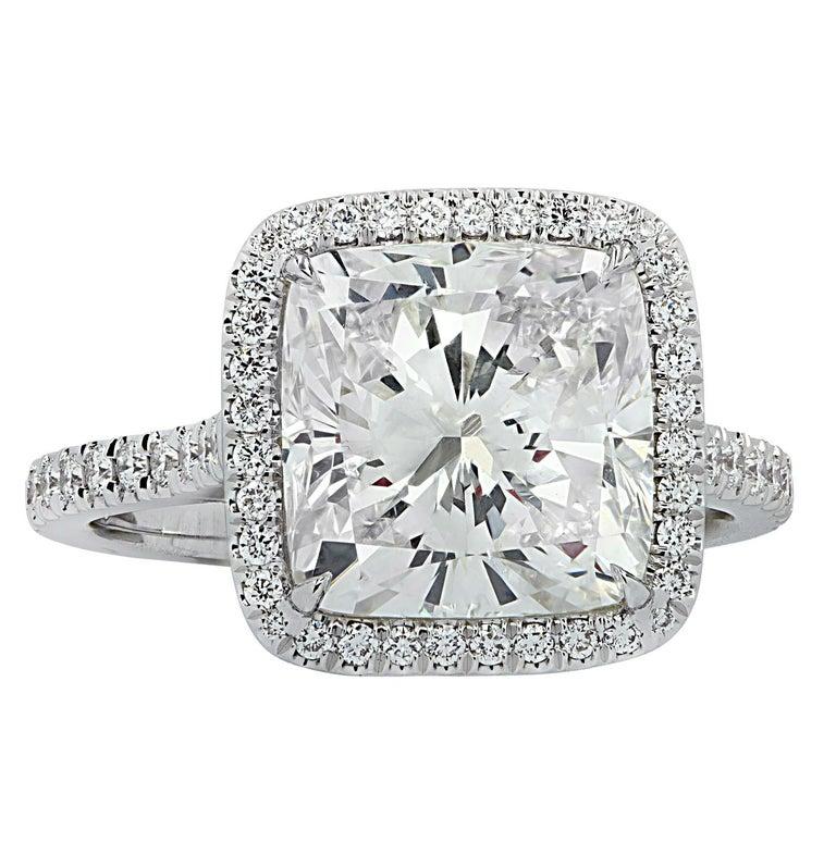 Modern Vivid Diamonds GIA Certified 4.66 Carat Cushion Cut Diamond Engagement Ring For Sale