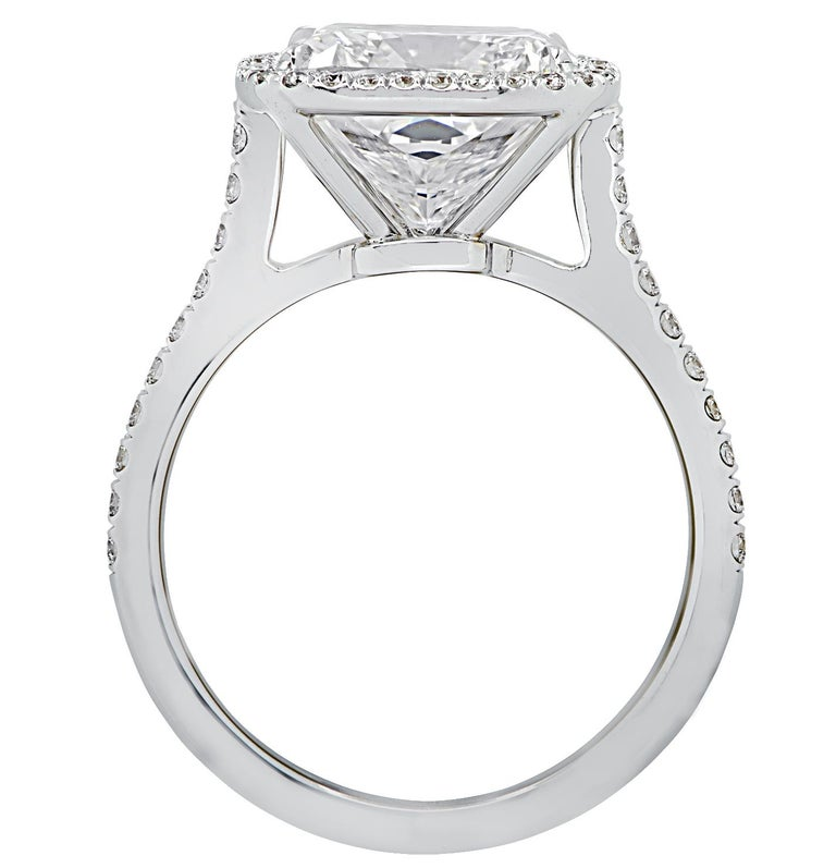 Vivid Diamonds GIA Certified 4.66 Carat Cushion Cut Diamond Engagement Ring In New Condition For Sale In Miami, FL