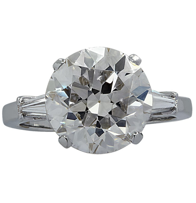 Art Deco Vivid Diamonds GIA Certified 4.87 Carat Diamond Engagement Ring For Sale