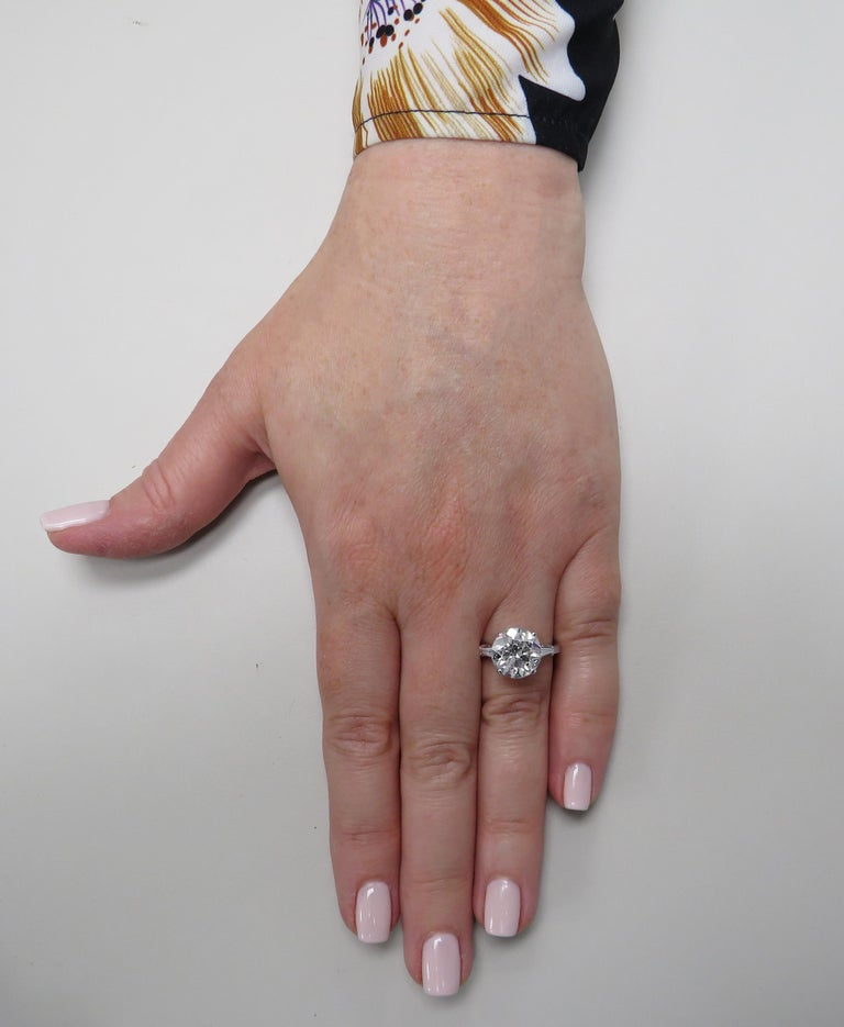 Vivid Diamonds GIA Certified 4.87 Carat Diamond Engagement Ring In Good Condition For Sale In Miami, FL