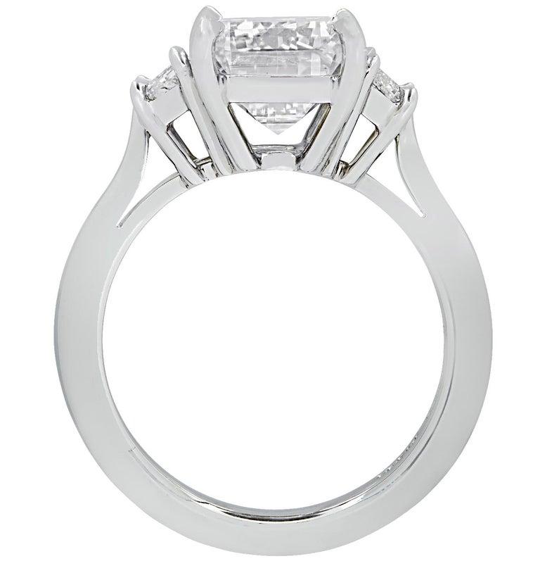 Modern Vivid Diamonds GIA Certified 5 Carat Emerald Cut Engagement Ring For Sale