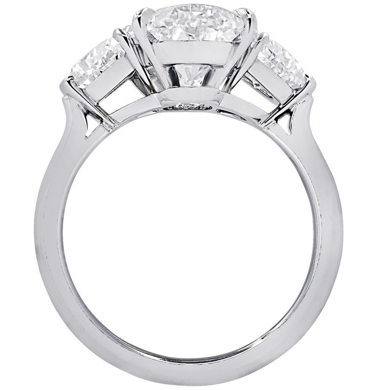 Modern Vivid Diamonds GIA Certified 5.13 Carat Oval Diamond Engagement Ring For Sale