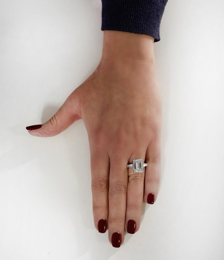 Vivid Diamonds GIA Certified 5.38 Carat Emerald Cut Diamond Engagement Ring In New Condition For Sale In Miami, FL