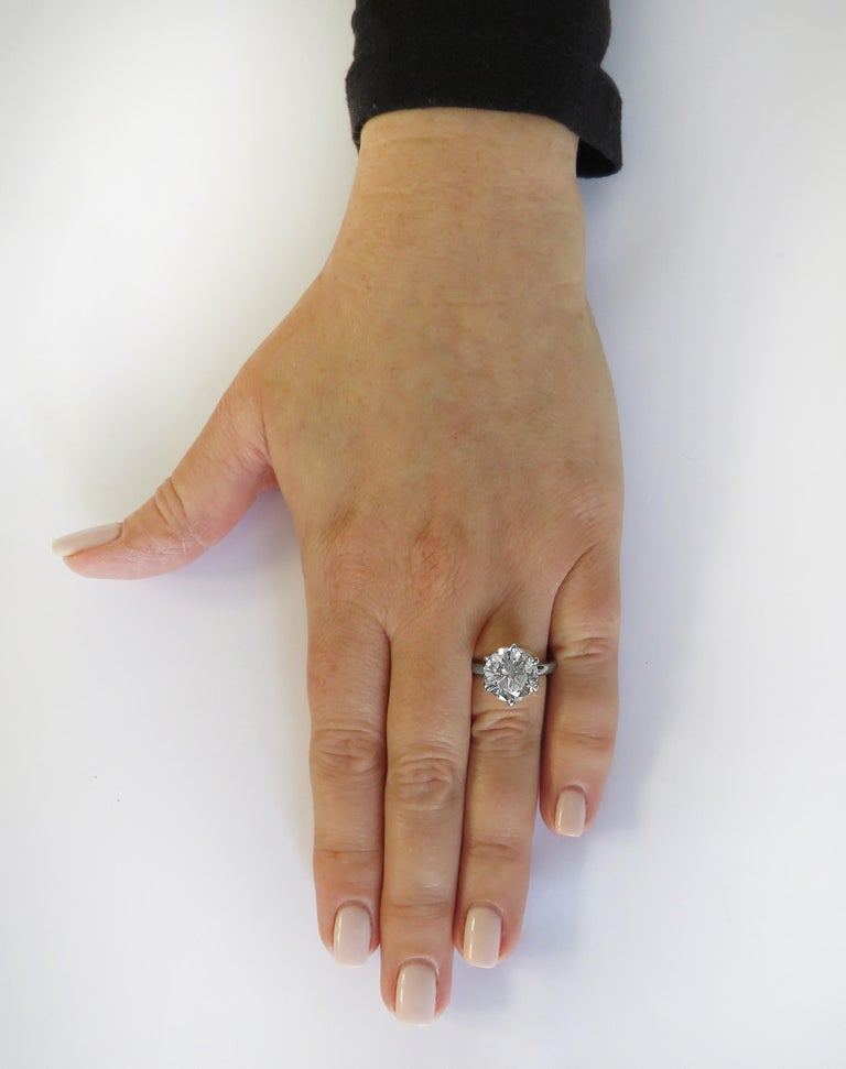 Round Cut Vivid Diamonds GIA Certified 5.60 Carat Diamond Engagement Ring For Sale