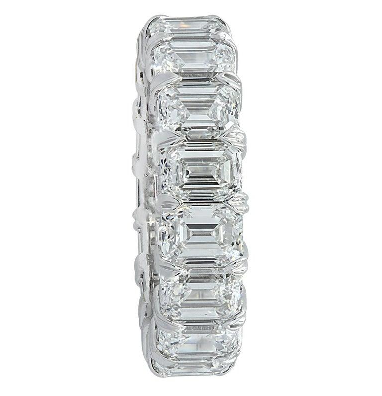 Modern Vivid Diamonds GIA Certified 9.03 Carat Diamond Eternity Band For Sale