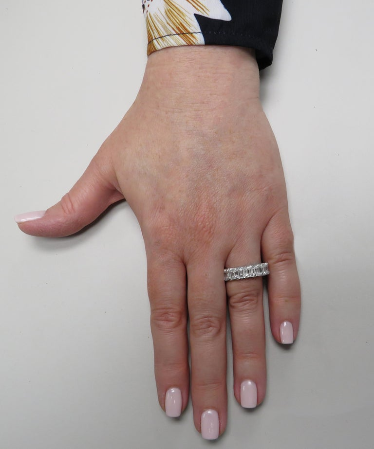 Emerald Cut Vivid Diamonds GIA Certified 9.03 Carat Diamond Eternity Band For Sale