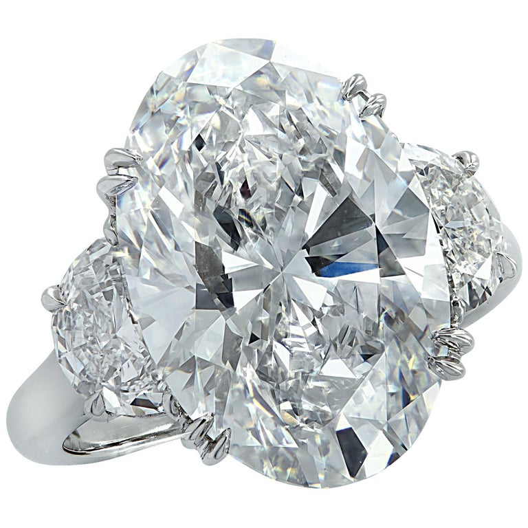 Vivid Diamonds GIA Certified 9.03 Carat Oval Diamond Engagement Ring For Sale