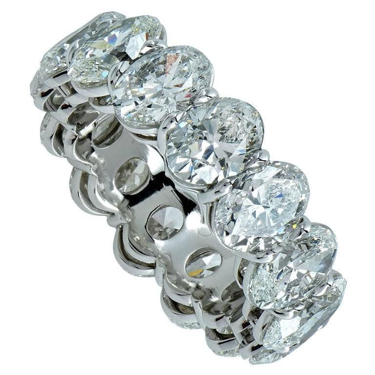 Vivid Diamonds GIA Certified 9.97 Carat Oval Cut Diamond Platinum Eternity Band In New Condition For Sale In Miami, FL