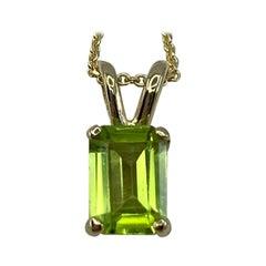 Vivid Green 1 Carat Peridot Emerald Octagonal Cut Yellow Gold Pendant Necklace