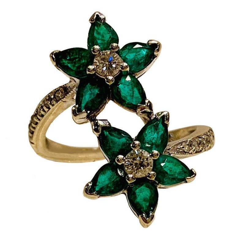 Vivid Green Emerald and Diamond 18 Karat White Gold Double Flower Ring For Sale