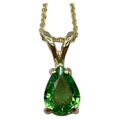 Vivid Green Tsavorite Garnet 0.75 Carat Pear Cut Yellow Gold Solitaire Pendant