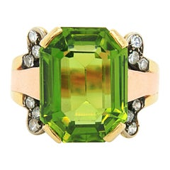 Vivid Peridot and Diamond Ring in Yellow and Red Gold, ca. 1950s