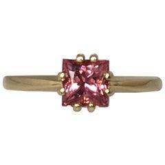 Vivid Pink Tourmaline 0.80 Carat Square Princess Cut Yellow Gold Solitaire Ring
