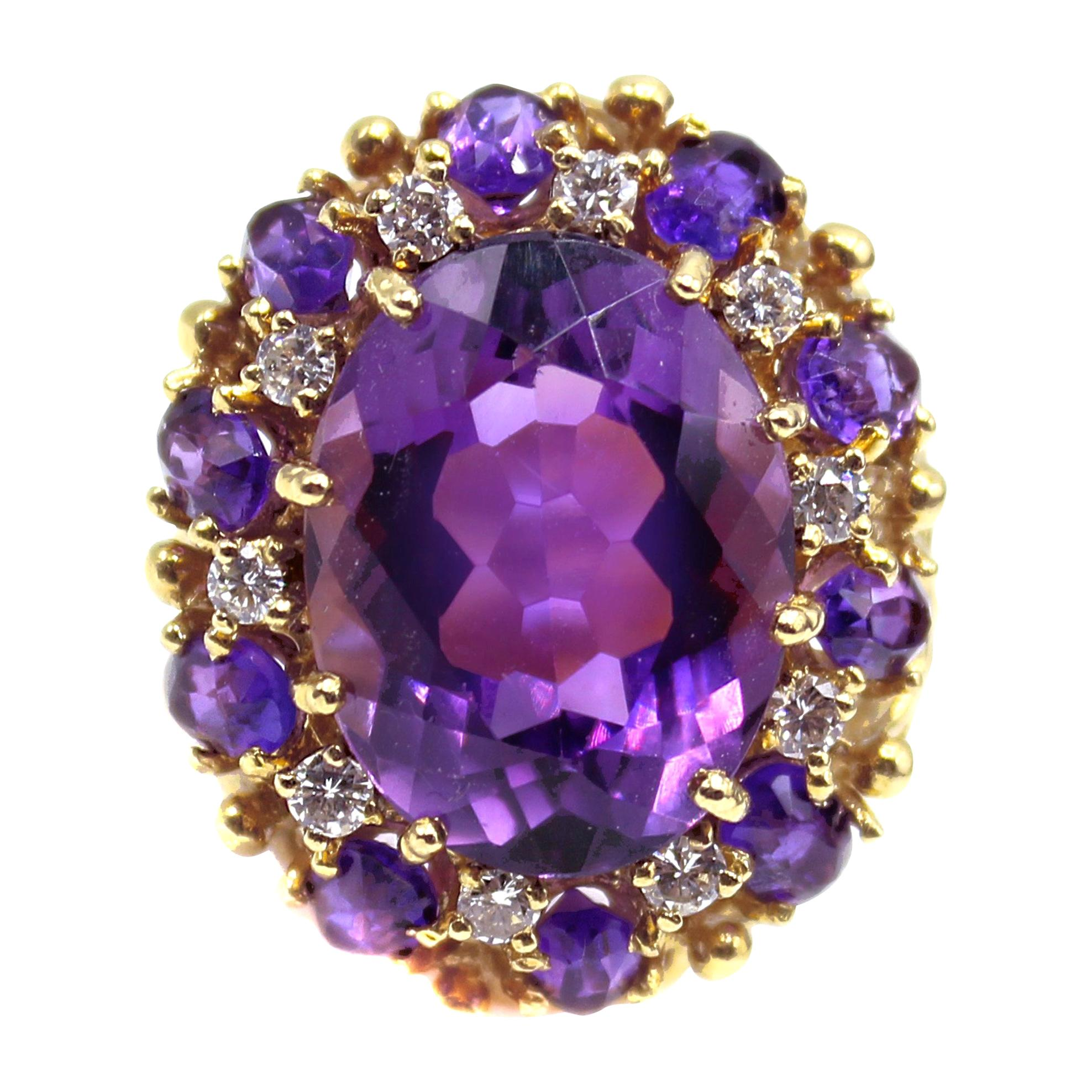 Vivid Purple Amethyst Diamond 18 Karat Yellow Gold 1960s Ring