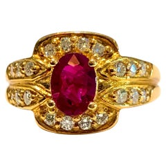 Vivid Red Ruby and Diamonds Ring 18 Karat Rose Gold
