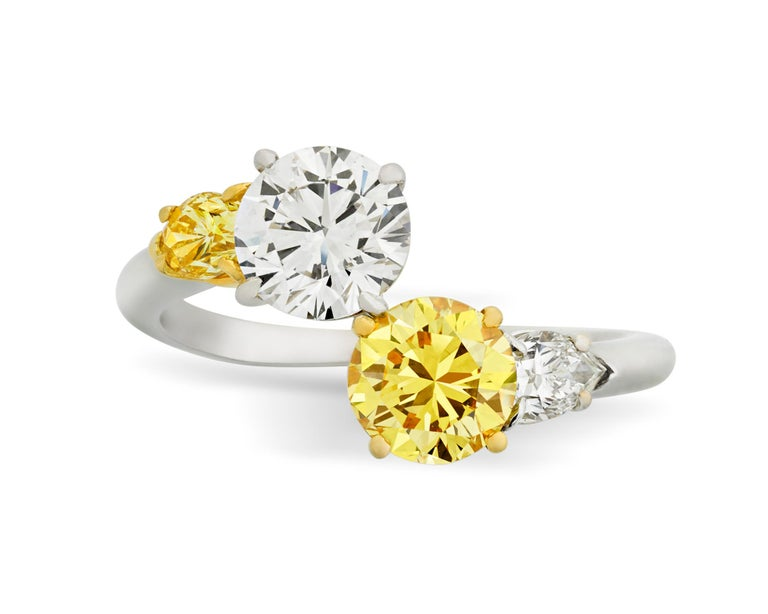 Vivid Yellow and White Diamond Bypass Ring, 1.94 Carat In Excellent Condition For Sale In New Orleans, LA