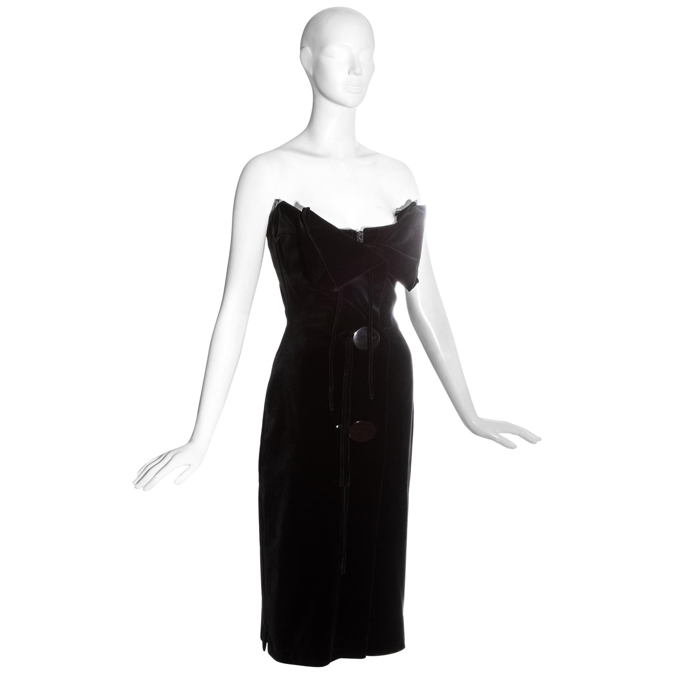 Vivienne Westwood black velvet corseted strapless evening dress, fw 1998