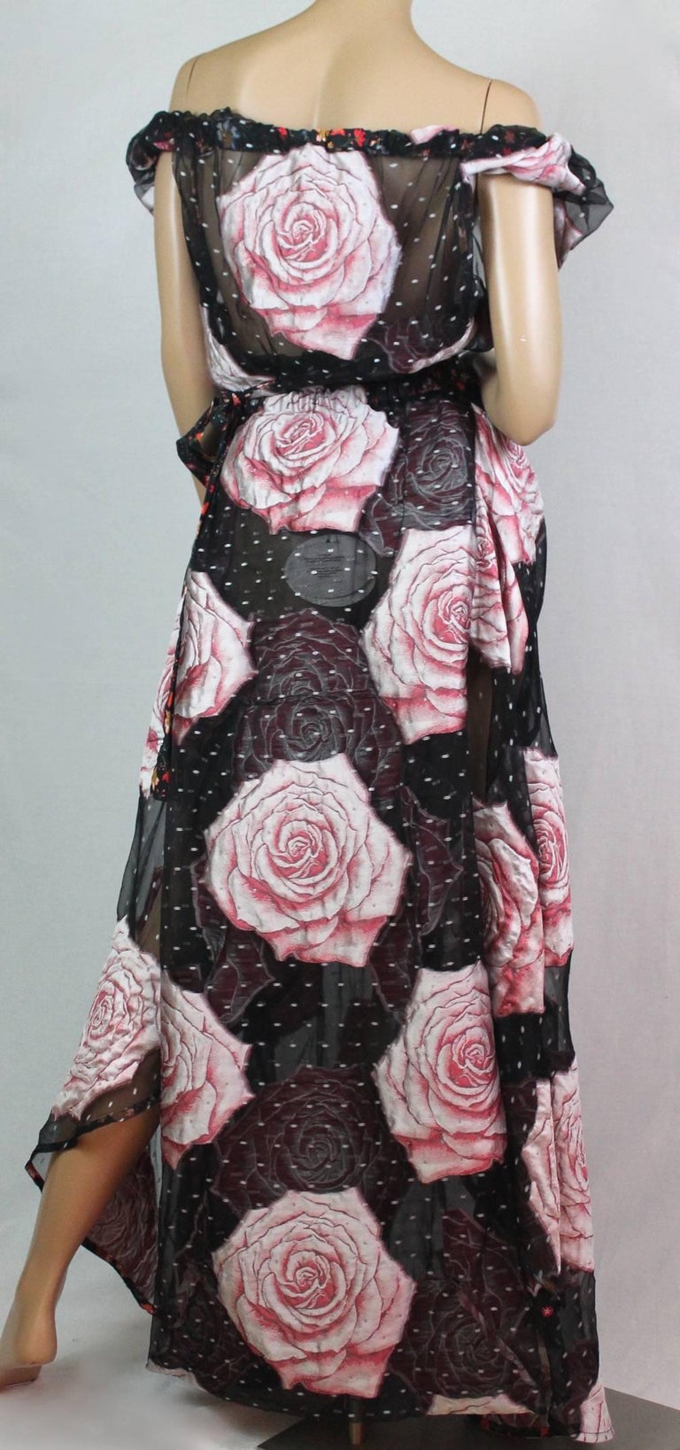 Vivienne Westwood Gold Label Glenn Dress with Rose Print, A / W 2015  Size I In New Never_worn Condition For Sale In Los Angeles, CA
