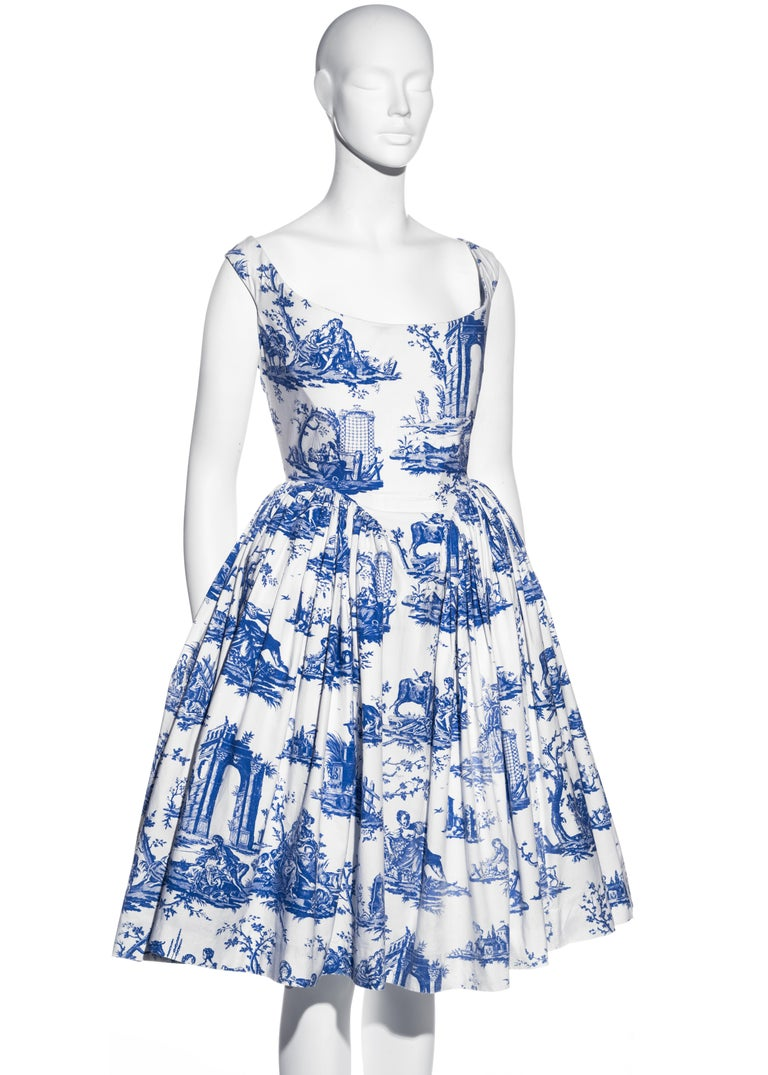 Vivienne Westwood Toile de Jouy printed cotton dress with pannier, ss 1996 In Good Condition For Sale In London, GB