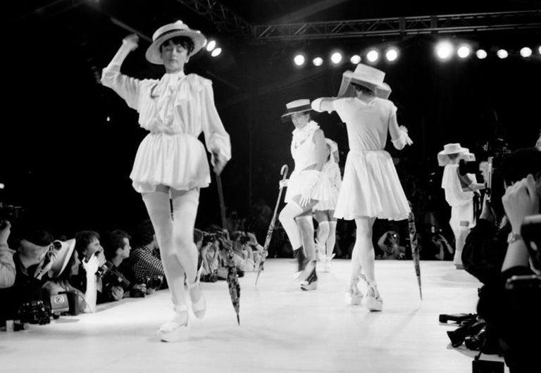 Vivienne Westwood veiled raffia boater hat, ss 1988 For Sale 2