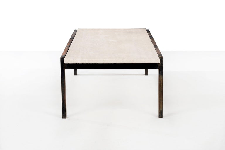 VKG Coffee Table In Good Condition For Sale In Chicago, IL