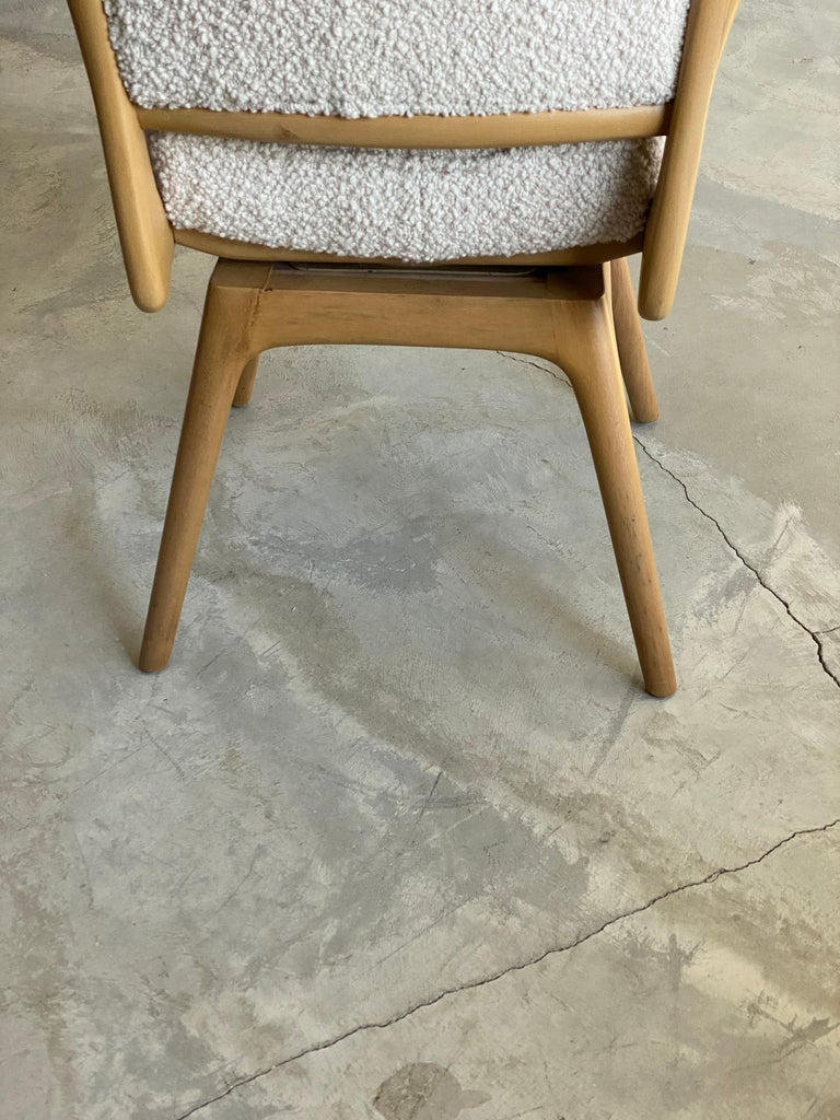 Mid-Century Modern Vladimir Kagan, Armchair / Desk Chair, Wood, White Boucle, Kagan-Dreyfus, 1960s For Sale