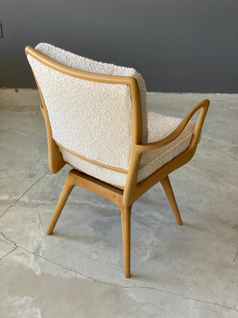 American Vladimir Kagan, Armchair / Desk Chair, Wood, White Boucle, Kagan-Dreyfus, 1960s For Sale