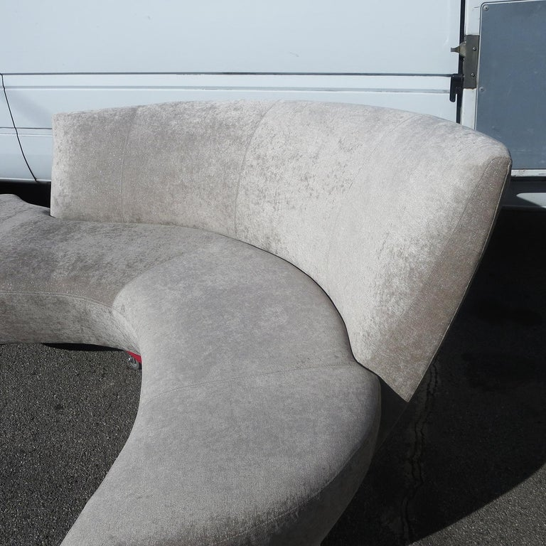 American Vladimir Kagan Bilbao Sofa For Sale