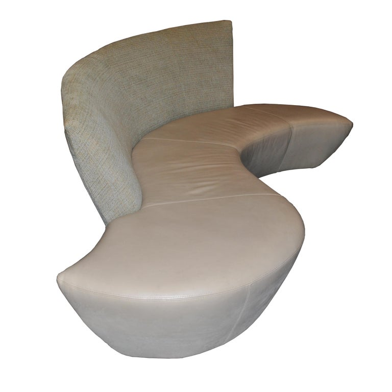 American Vladimir Kagan Bilboa Sofa For Sale