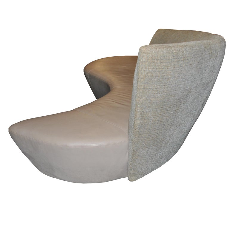 20th Century Vladimir Kagan Bilboa Sofa For Sale
