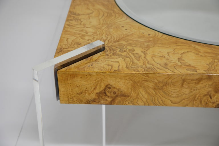 Vladimir Kagan Burled Wood and Lucite Coffee Table, circa 1970, Restored For Sale 5