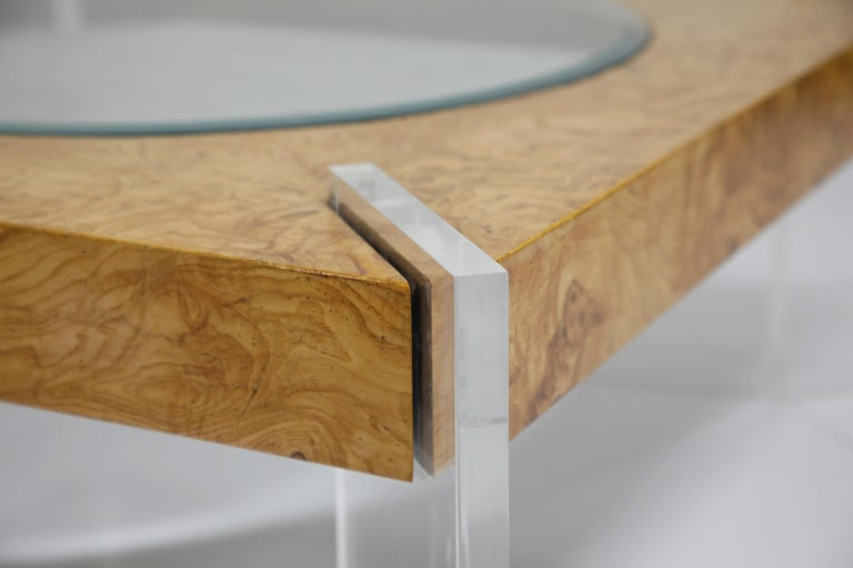 Vladimir Kagan Burled Wood and Lucite Coffee Table, circa 1970, Restored For Sale 8