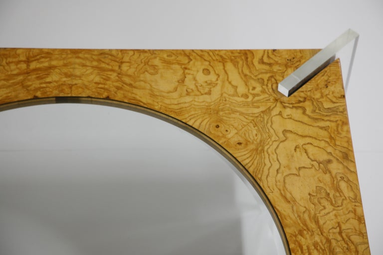 Vladimir Kagan Burled Wood and Lucite Coffee Table, circa 1970, Restored For Sale 12