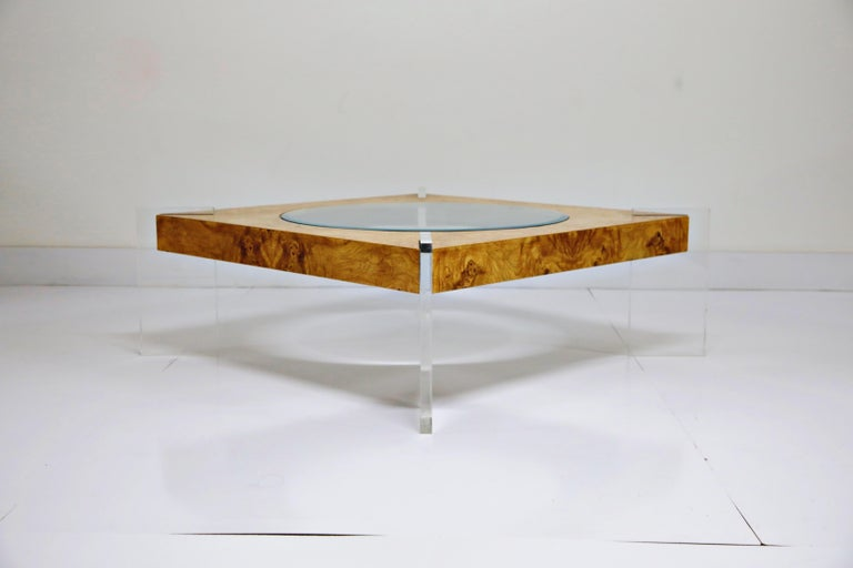 Vladimir Kagan Burled Wood and Lucite Coffee Table, circa 1970, Restored For Sale 1