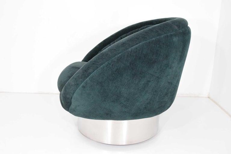 American Vladimir Kagan Crescent Chair For Sale
