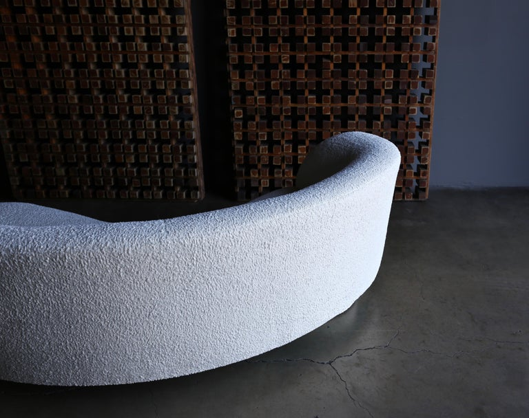 Vladimir Kagan Curved Serpentine Cloud Sofa for Directional For Sale 7