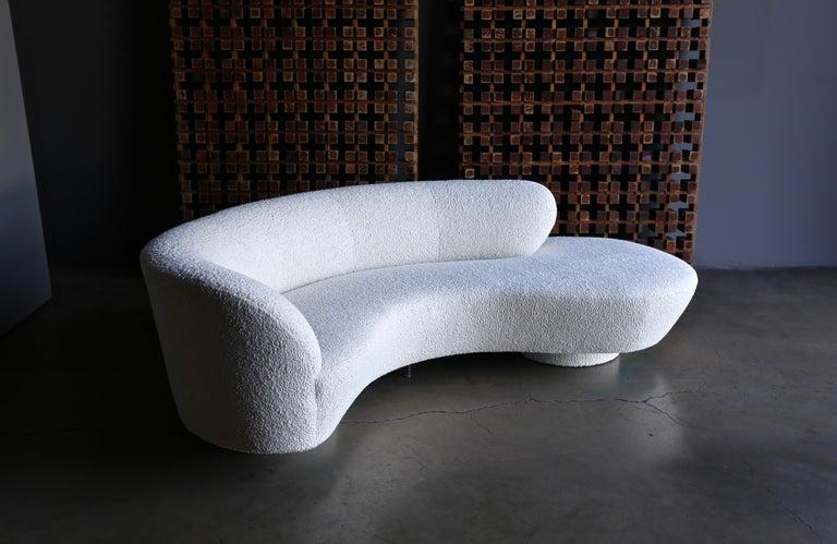 Modern Vladimir Kagan Curved Serpentine Cloud Sofa for Directional For Sale