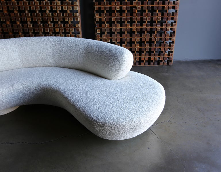20th Century Vladimir Kagan Curved Serpentine Cloud Sofa for Directional For Sale